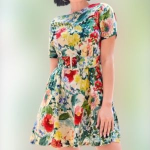 Green floral summer casual dress size large